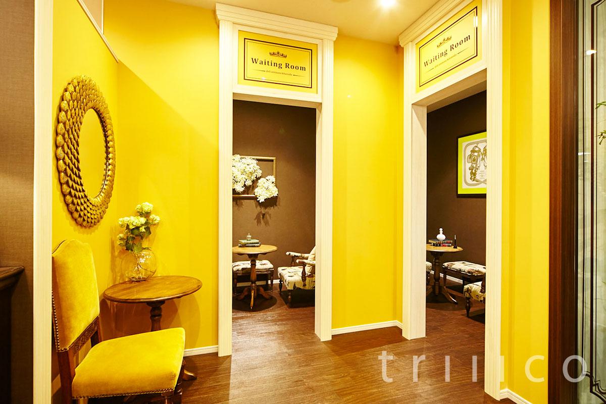 黄色の内装やインテリア