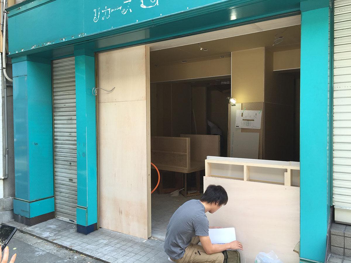 内装工事・改装工事した美容室の看板の工事