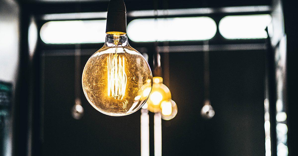 お店をお洒落にする照明選び!色や形や明るさで使い分けて集客アップ
