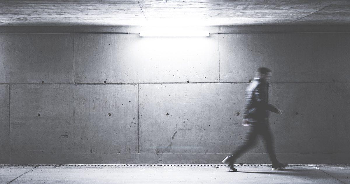 お店の内装で壁をコンクリート打ちっ放しにする時のメリットとデメリット