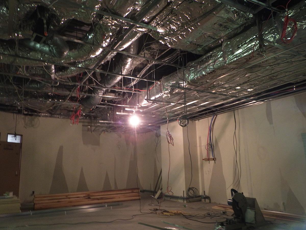 和泉中央の美容室の電気設備の工事
