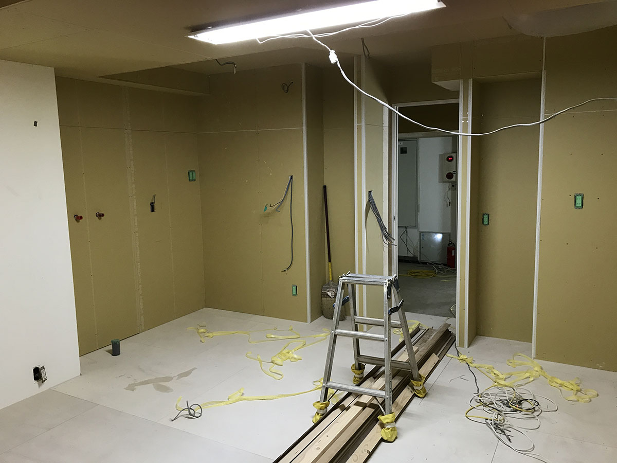 エステサロンのスタッフルームの店舗デザイン・店舗設計・内装工事・改装工事