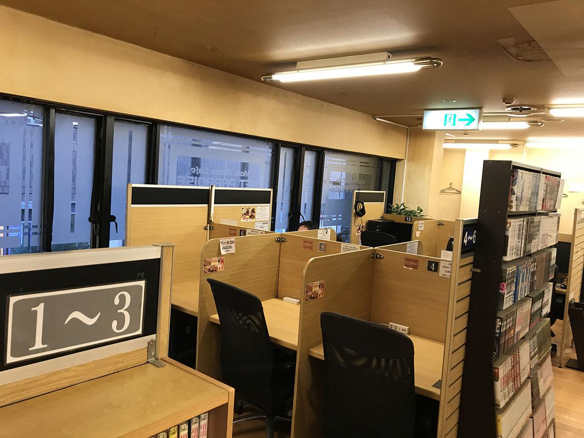 大阪・天神橋筋六丁目のインターネットカフェの内装工事