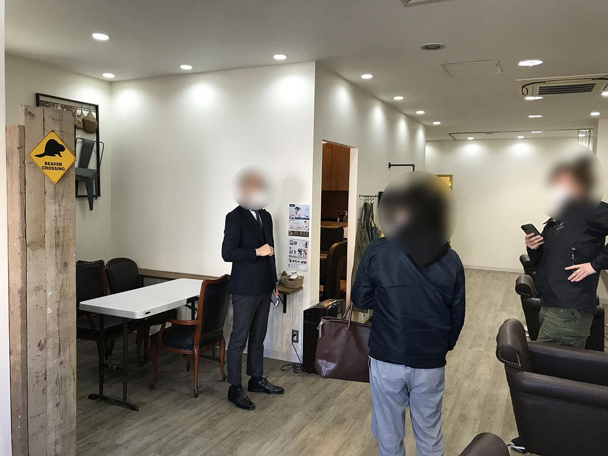 大阪市鶴見区放出にある美容室・理容室の店内・テナント内の内装の状態